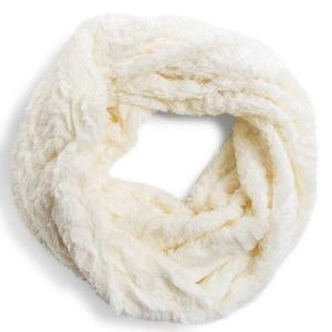 American Eagle Outfitters Furry Infinity Scarf